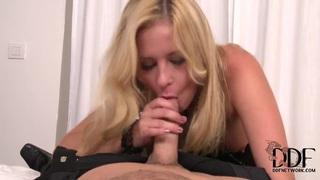 Glamorous Jessica Rox sucks her lover in pov
