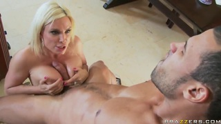 Carlo Carerra fucks butsy milf Diamond Foxxx