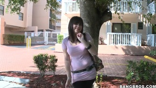 Bang buss catches chubby hot whore Dahlia Devo!