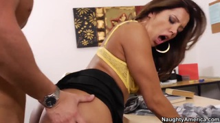 Francesca Le foes through sexual hell with Seth Gamble