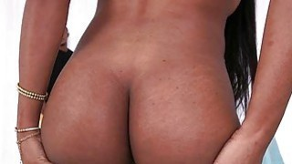 Bubble ass black babe Indigo Vanity gets fucked
