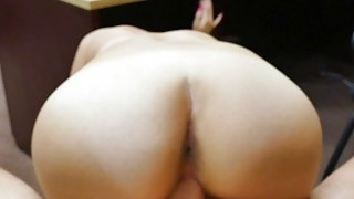 Amateur babe nailed by nasty pawn guy