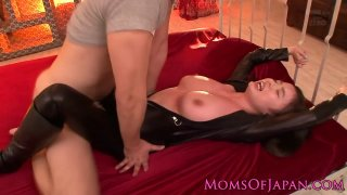 Mama in catsuit loves cum on her pretty face